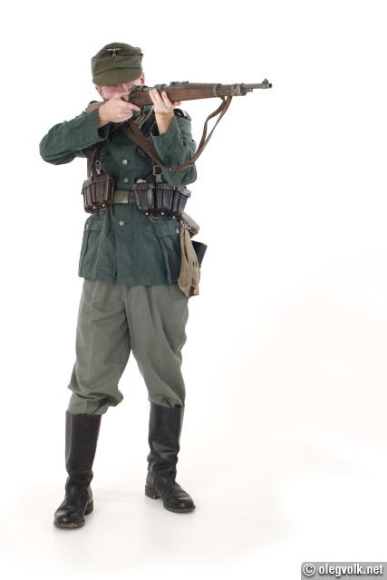 German infantryman c.1943, reenacted by a man who has no affinity for fascists at all.
