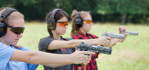 pistol_shooters_girls_5369