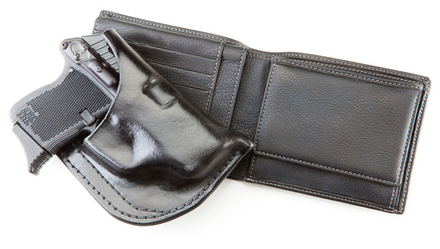 wallet_and_holster_7381