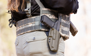 G41_fury _holster_D6A5742web