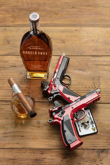 czpistols_cigar_whiskey_D6A4762web
