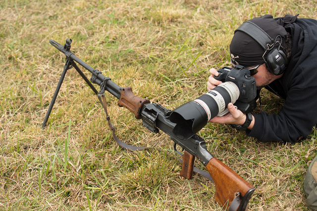 machine_gun_camera_support_D6A9085web
